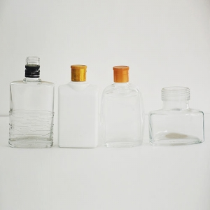 晶白玻璃瓶
